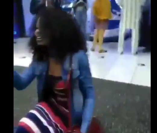 Lady Slaps Boyfriend For Refusing Her Proposal After
